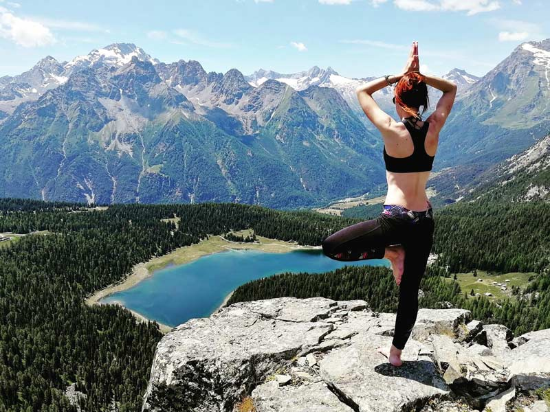 Yoga con vista sul lago Palù