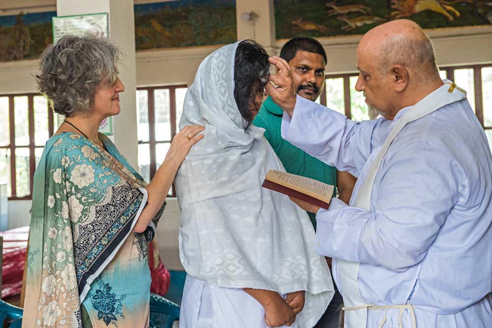 Un evento storico presso la missione di Padre Luigi: la prima ragazza Munda battezzata al cristianesimo