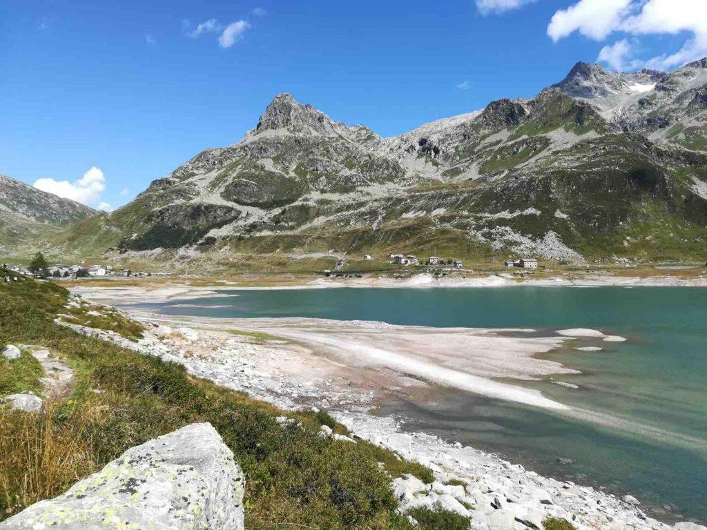 Il bel paesaggio nei pressi di Monte Spluga